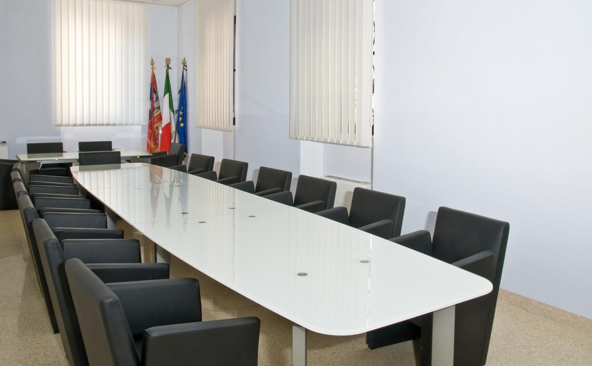 Mobili Per Ufficio Veneto : Regione del veneto belluno arredamento ufficio