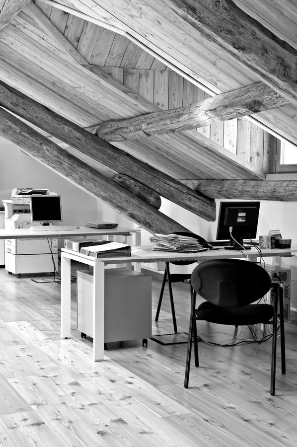 Regione del veneto belluno arredamento ufficio for Arredo ufficio veneto